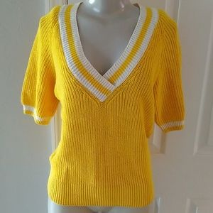 vintage Women's sweater size small